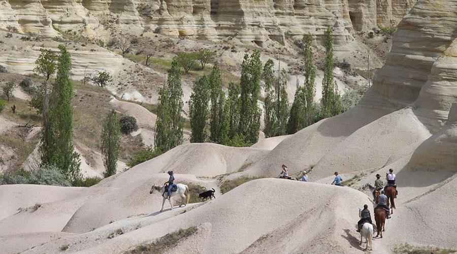 Kapadokyada At Turları