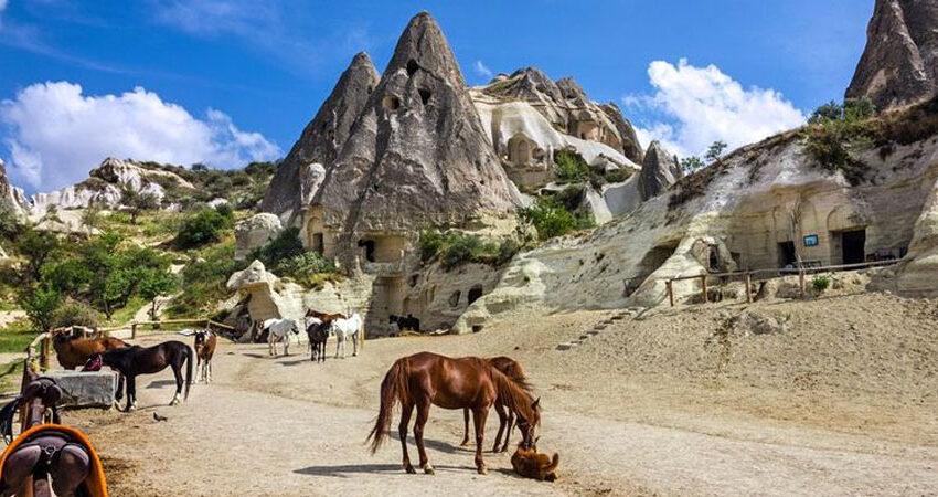 Kapadokya Haftalık At Turu